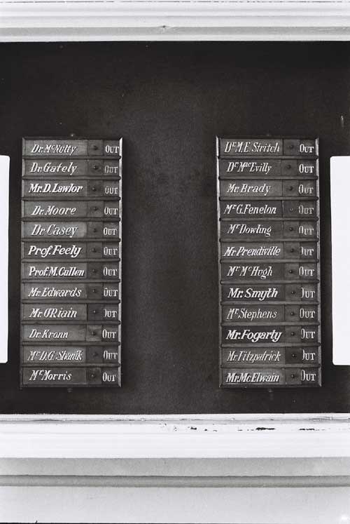 Board-list-of-doctors-names